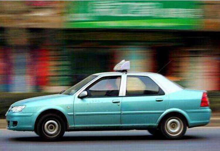 武汉市出租车拟4月8日恢复运营